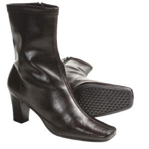Aerosole mid calf faux leather boots size 7M